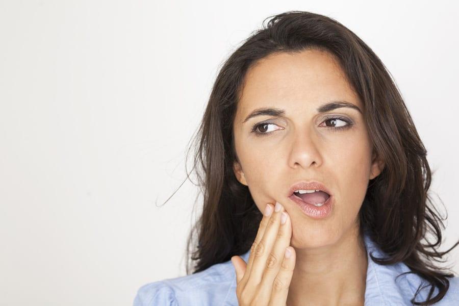 Dolore post estrazione: cosa può essere?
