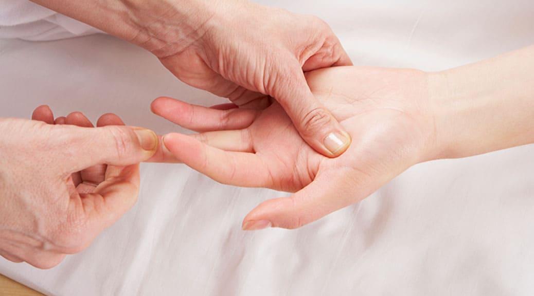 Agopuntura senza ago: la digitopressione