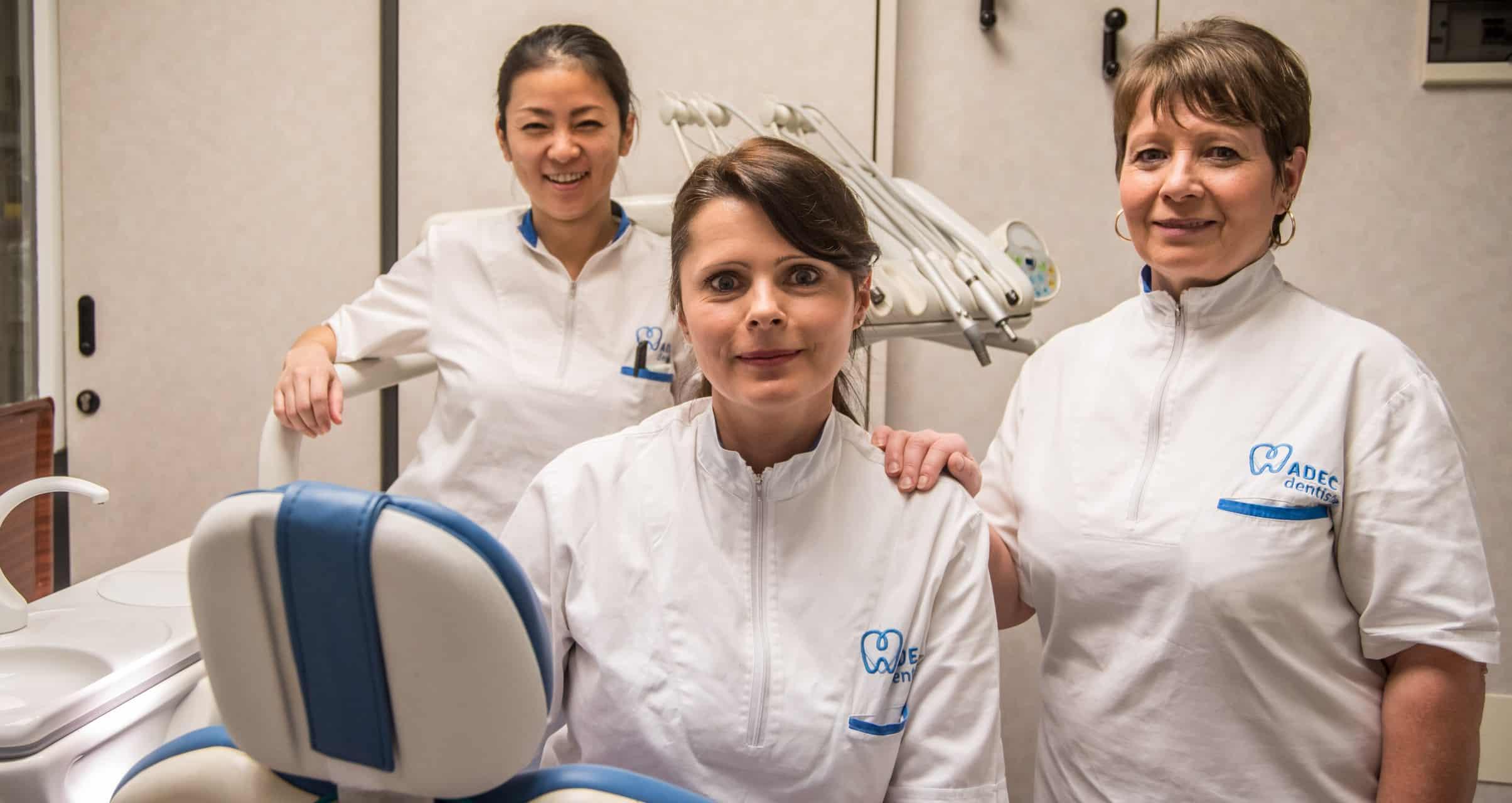 Da sinistra a destra: Sachiko dal Giappone, Olesya e Zina dall'Ucraina