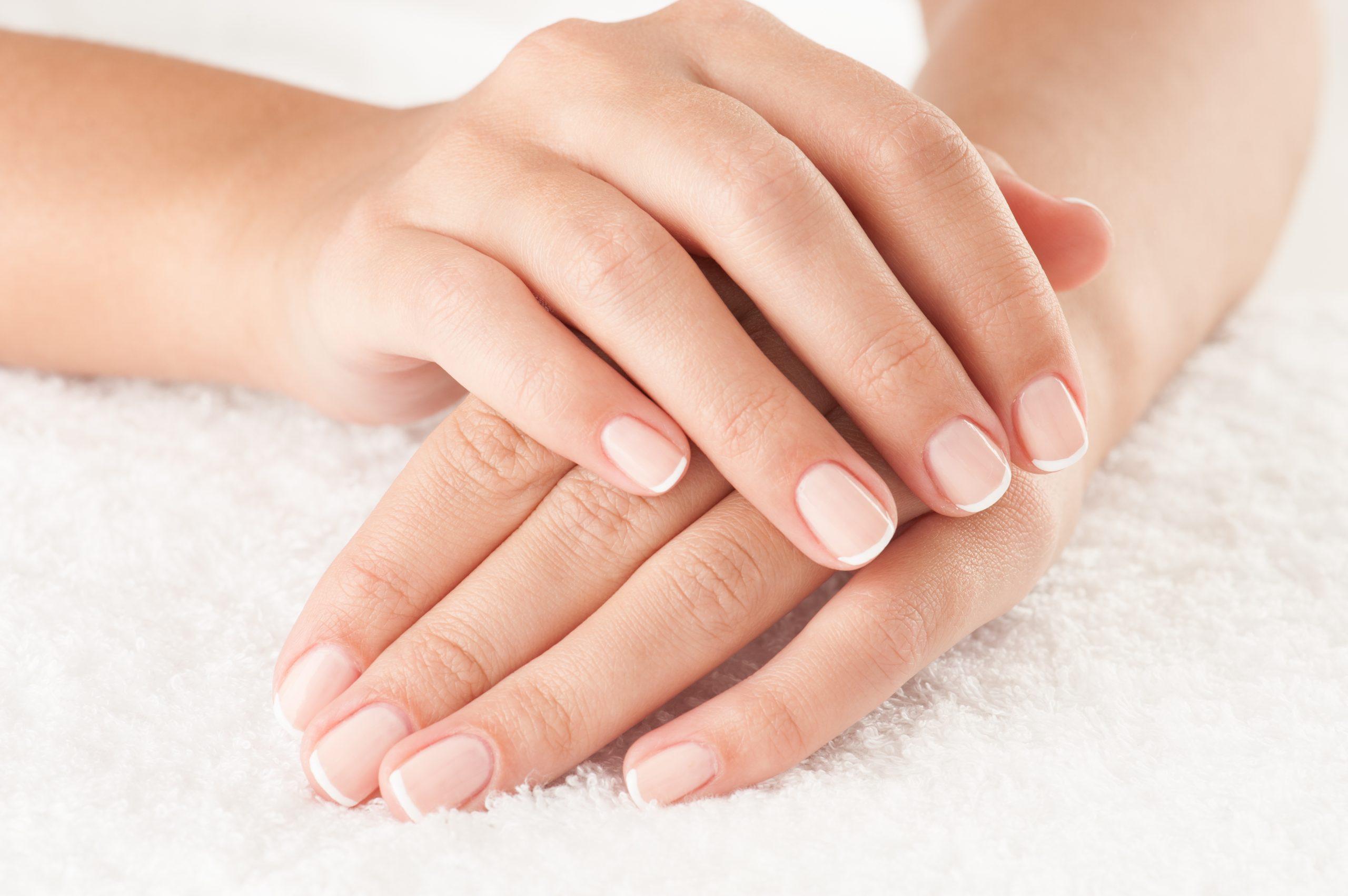 Mani secche e prurito? I consigli della dermatologa