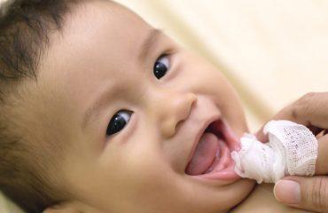 L'igiene orale dei neonati: le regole da seguire