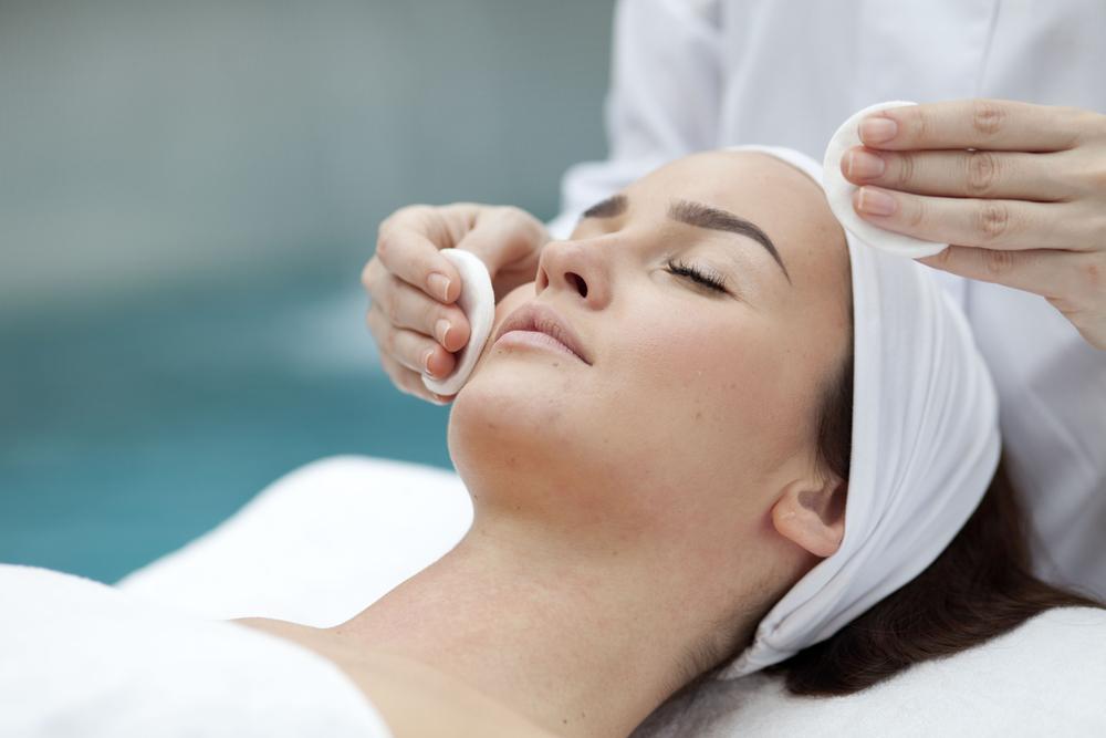 pulizia viso trattamento milano centro estetico adec salute