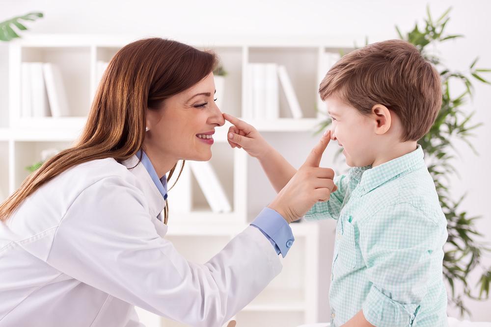 Tampone salivare covid 19 a Milano per bambini